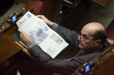 Bersani alla Camera con Le Monde